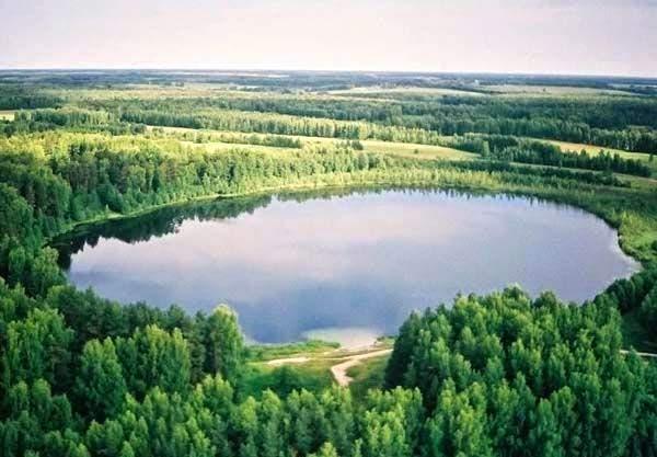 Озеро с высоты птичьего полёта